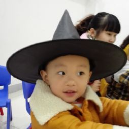 叫叫的万圣节女巫帽子(20151101)