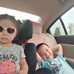 和妹妹在悠然蓝溪(20170702)