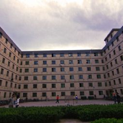 北京林业大学的学生宿舍-学9#楼