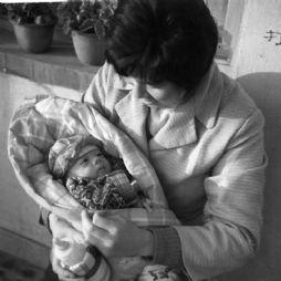 出生后不久(1983年)