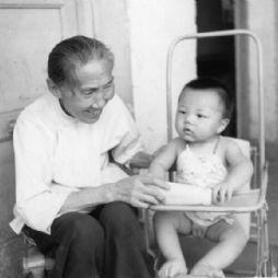 和太太(曾外祖母)在一起(1984年)